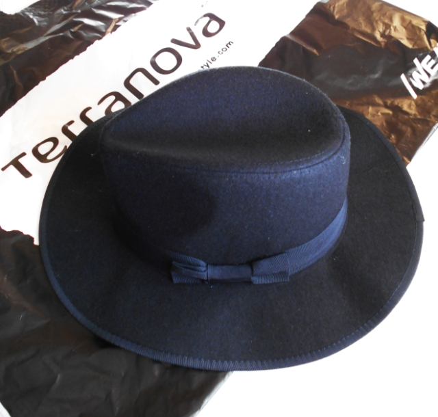Terranova floppy hat